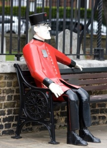 Sculpture of Chelsea Pensioner a welcome sight!