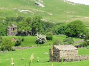 Pendragon Castle in Mallerstang valley, just south of Kirkby Stephen